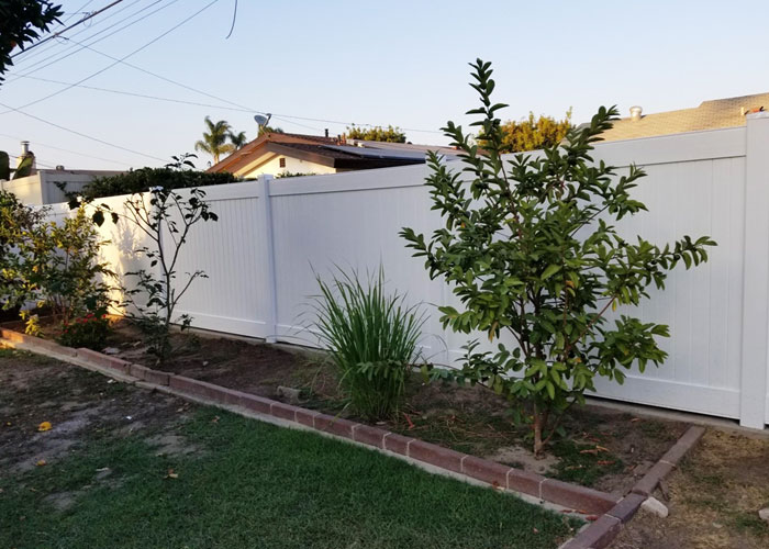 Los Angeles Stone Vinyl Privacy Fencing