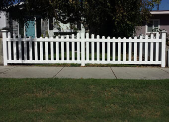 Beautiful Vinyl Picket Fencing